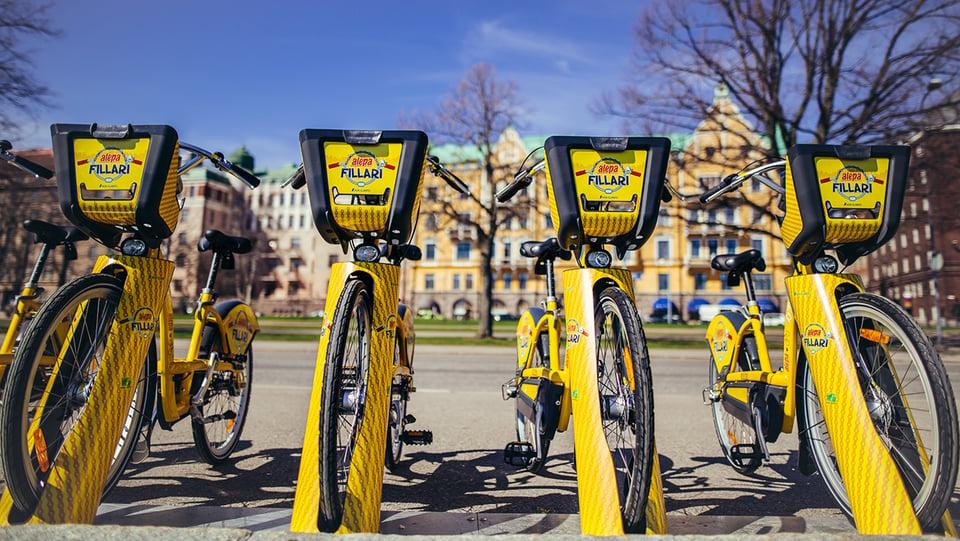 Varma kevään merkki – kaupunkipyörät palaavat katukuvaan