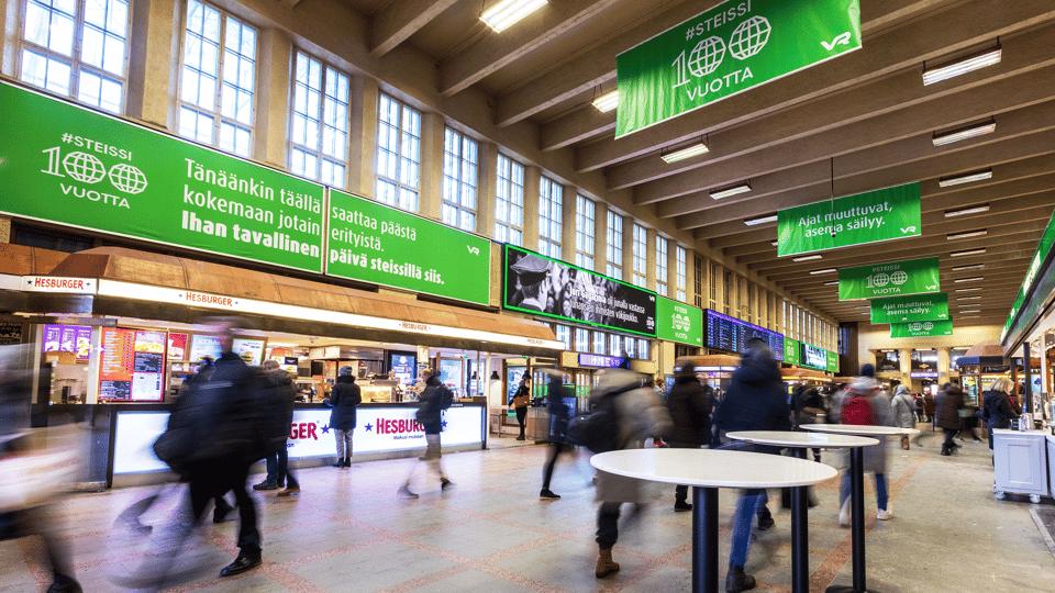 Tuplasti näyttävyyttä suomen vilkkaimmalla rautatieasemalla